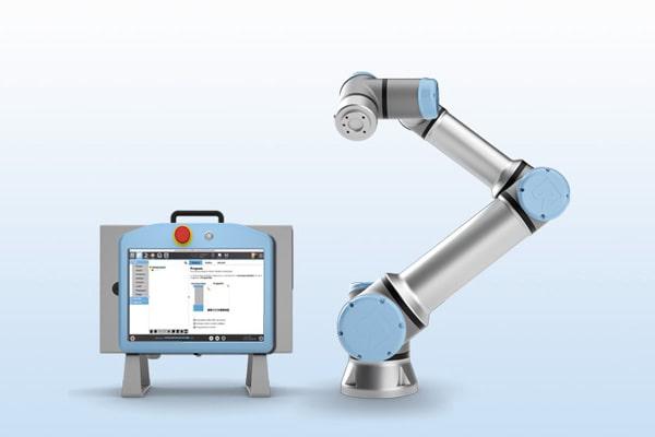 UR16 mit Controller und TeachPanel